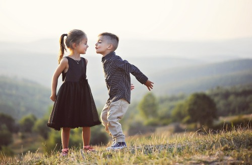 dealing with sibling rivalry, preventing sibling rivalry, U.P. holistic business, U.P. wellness publication